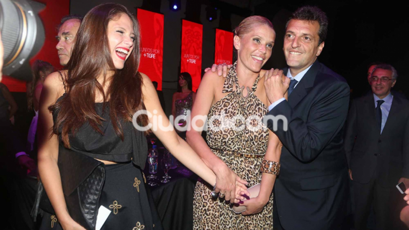 Sergio Massa con Nazarena y Barbie Vélez.  (Foto: Movilpress)