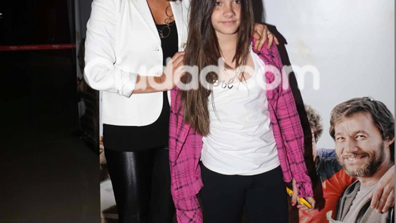 Nancy Dupláa con su hija Morena Echarri.  (Foto: Movilpress)