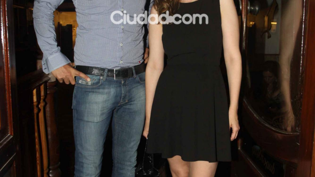 Romina Richi y Martín Bossi, juntos en la apertura del bar Emilia Attias (Foto: Movilpress)