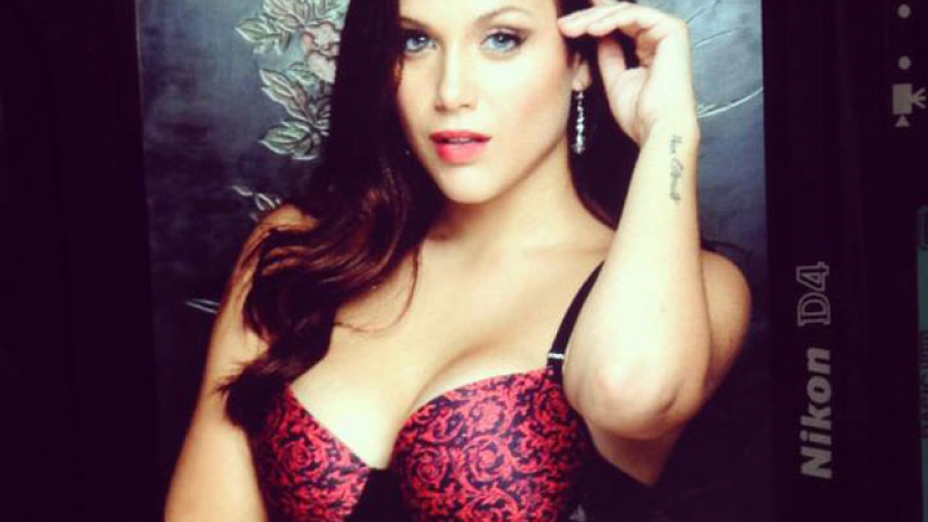 El infartante backstage de la producción de fotos de Bárbara Vélez en ropa interior. (Foto: @barvelez)