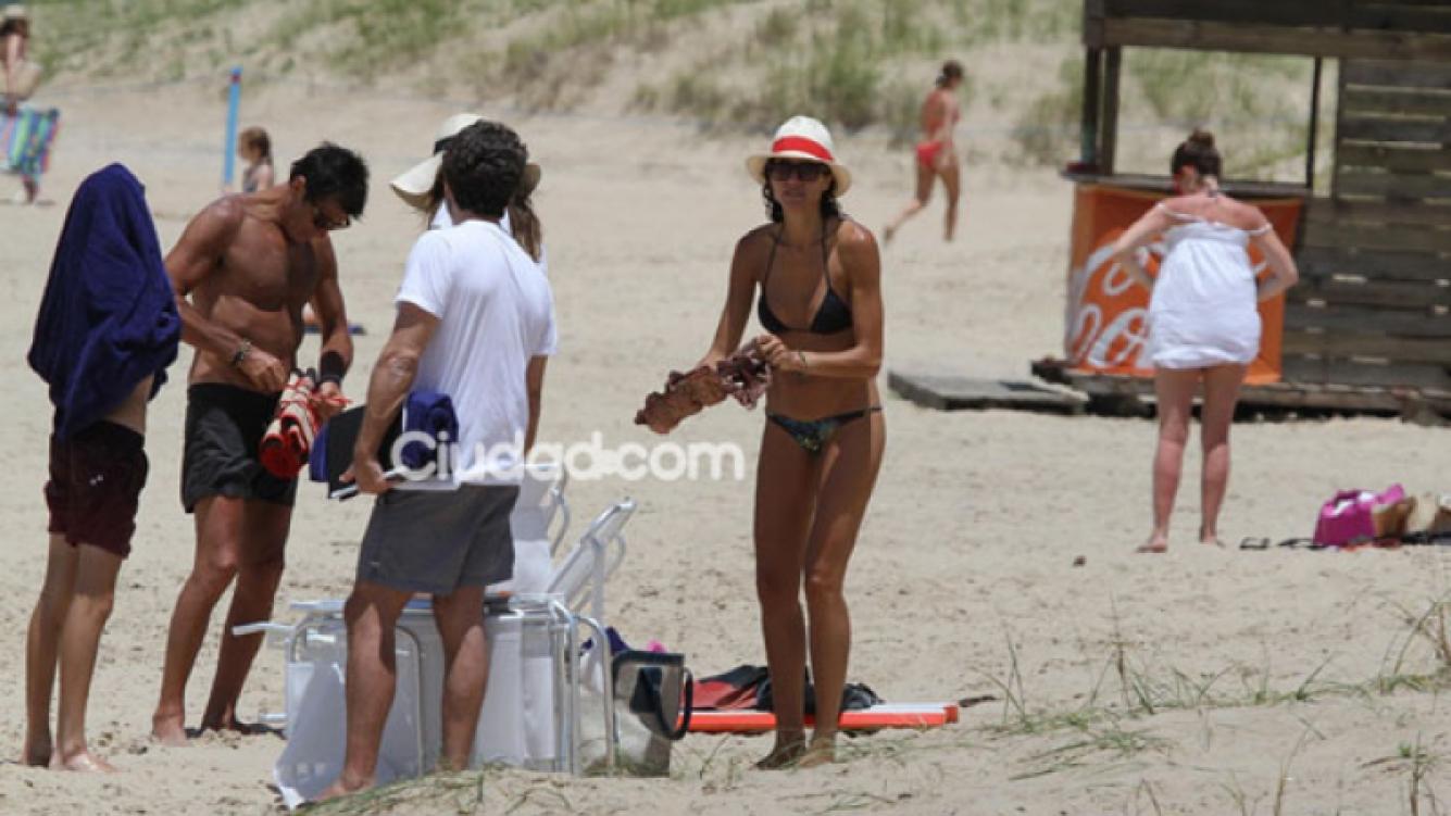 Nico Repetto y Flore Raggi, enamorados en Punta del Este (Fotos: PC3).