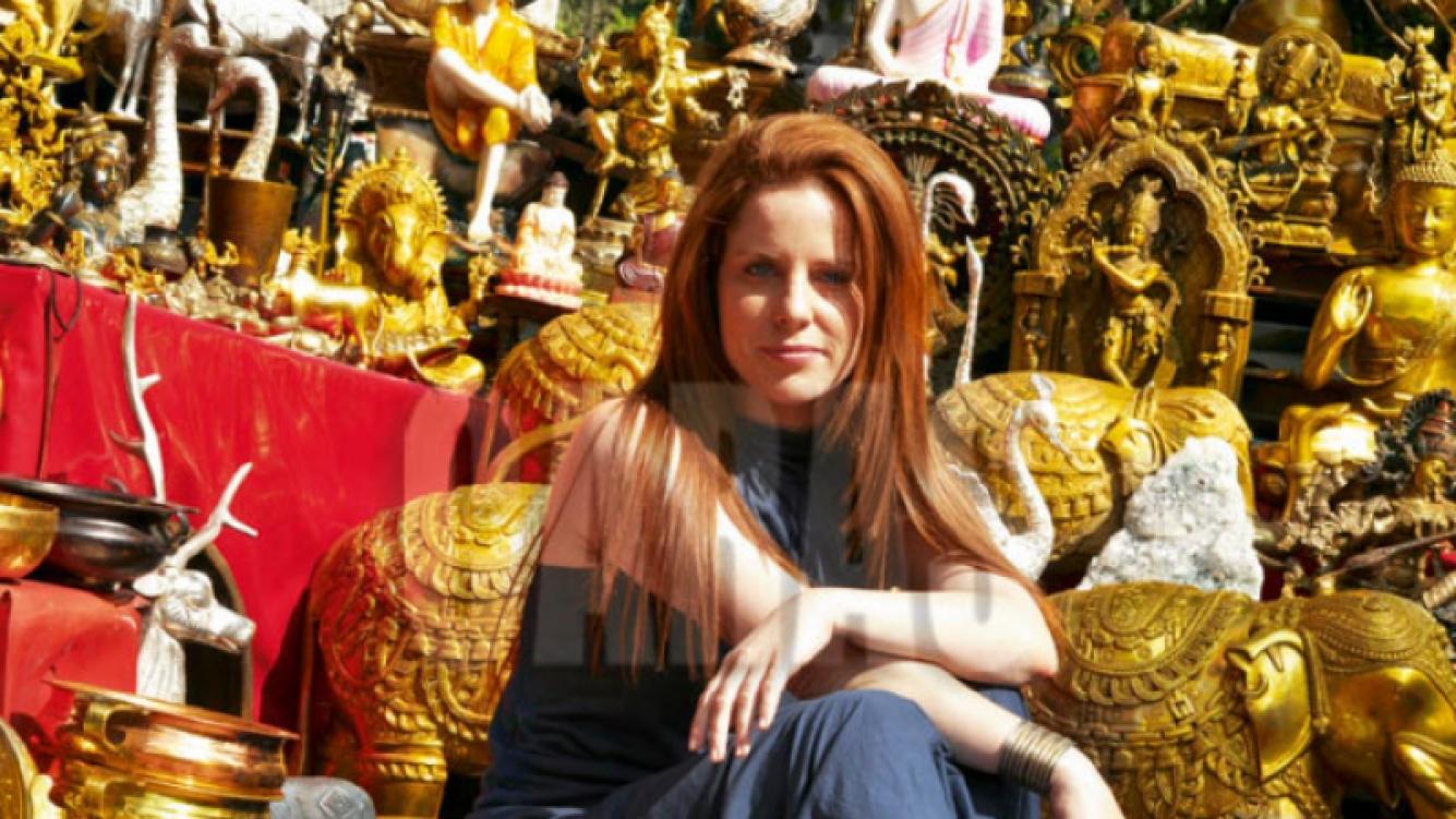 Agustina Kämpfer meditó en India sobre su antigua relación con Amado Boudou. (Foto: Caras)