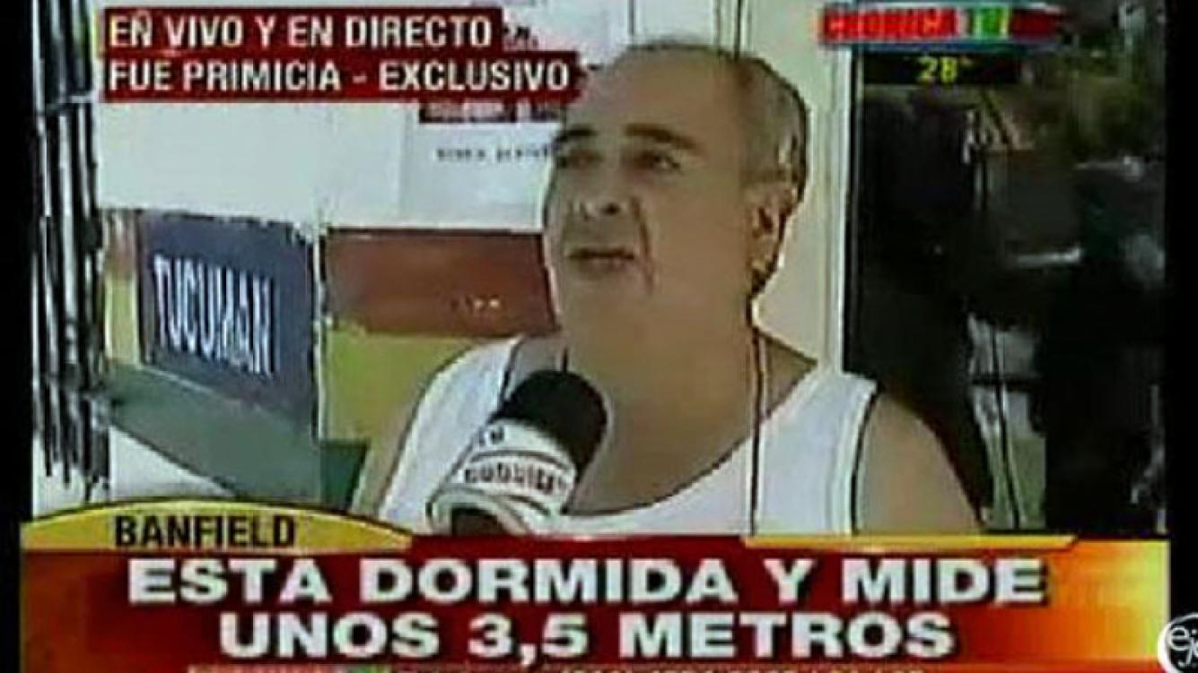 La desopilante placa roja de Crónica TV por la boa desaparecida. (Foto: Ejes)
