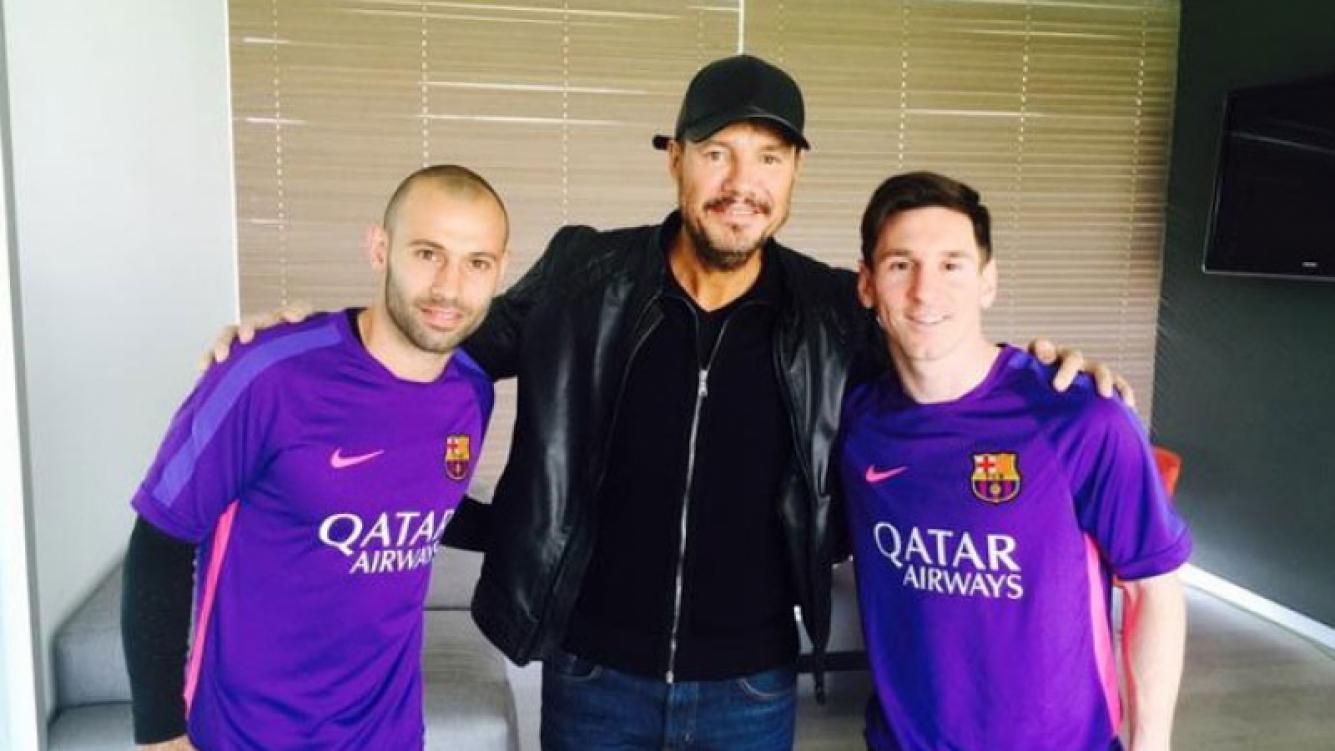 Marcelo Tinelli, Lionel Messi, Javier Mascherano y Luciano El Tirri en Europa (Foto: Twitter)