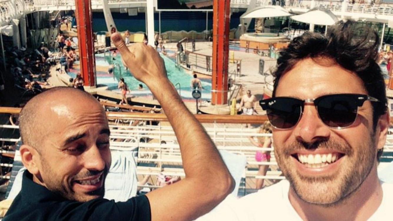 Las fotos de las vacaciones de Matías Alé con sus amigos: playas, relax y diversión (Foto: Twitter)