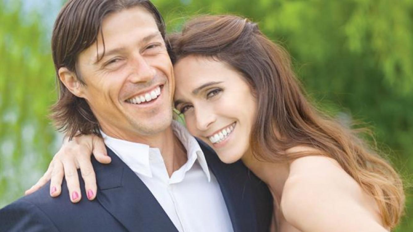 Matías Almeyda y Luciana García Pena se casaron en secreto. (Foto: revista ¡Hola! Argentina)