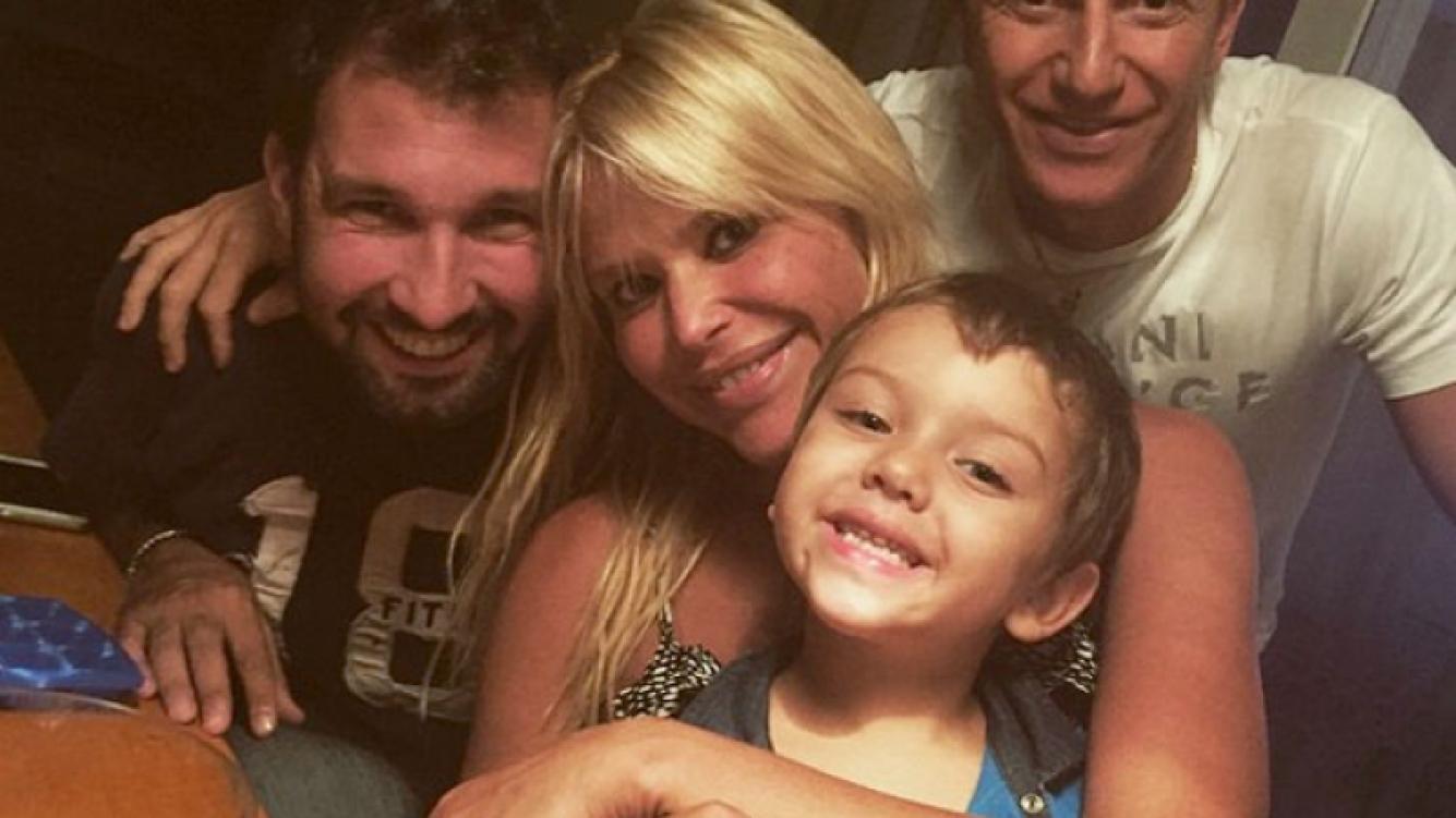 Nazarena Vélez, pura felicidad en la primera foto junto a su hijo Thiago y Gonzalo Gamarra. (Foto: Instagram)