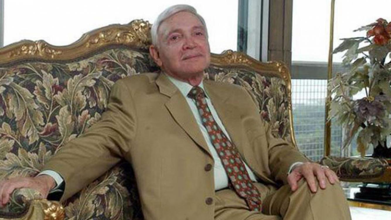 """Murió Alejandro Romay, el """"Zar"""" de la televisión: tenía 88 años."""