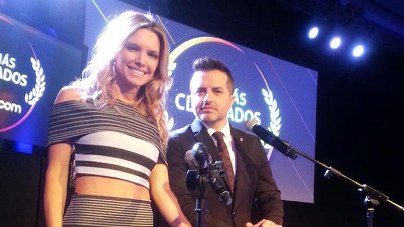 Sofía Zámolo y  Angel de Brito en la gala de Los Más Clickeados. (Foto: Web)