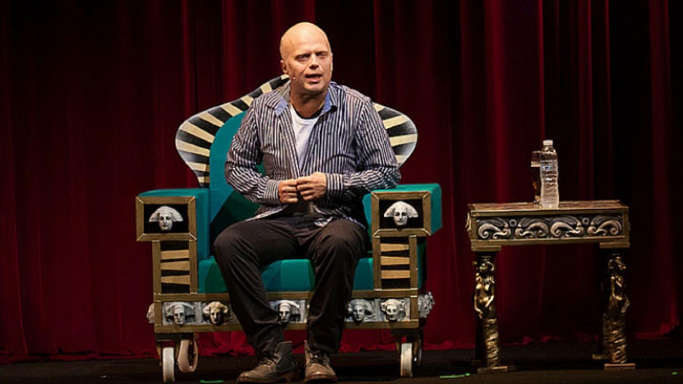 Sebastián Wainraich regresa al teatro Maipo con su stand up.