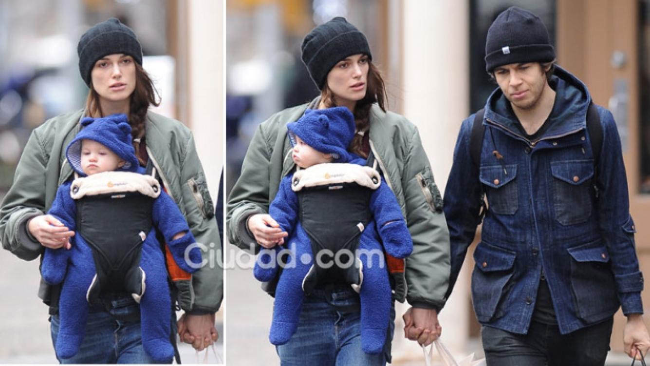 Keira Knightley, la estrella de cine que sorprendió con su look súper relajado y sin maquillaje en las calles de Nueva York. (Foto: Grosby Group)