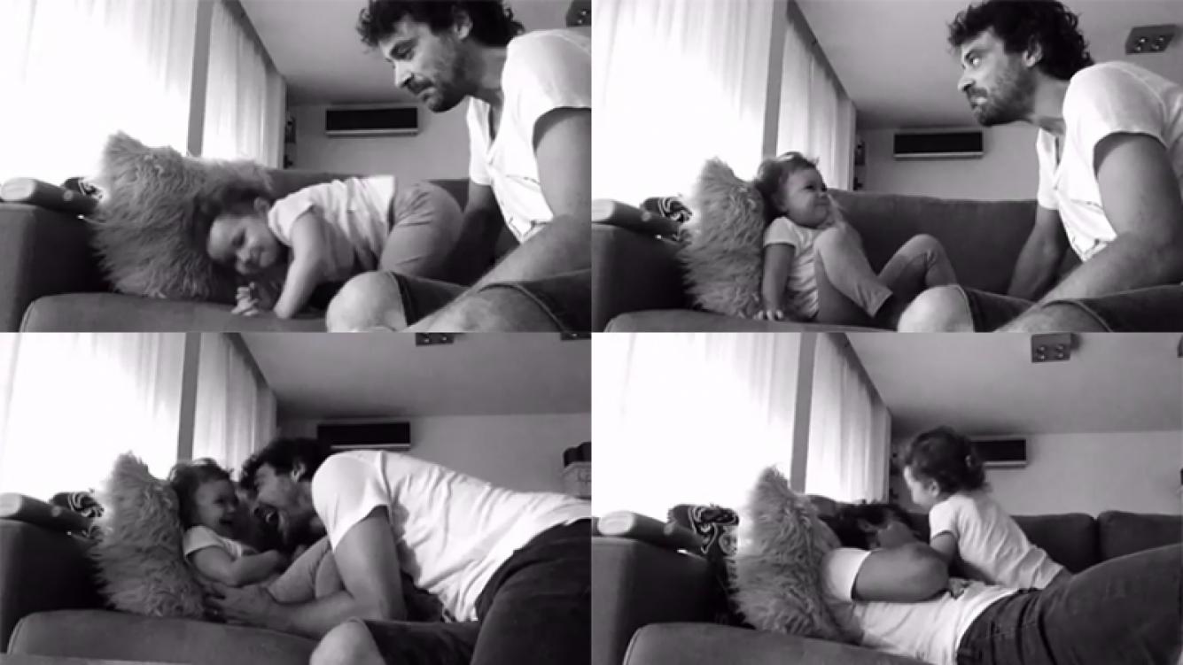 Pedro Alfonso y Olivia, tentadísimos en el sillón. Fotos: Twitter.