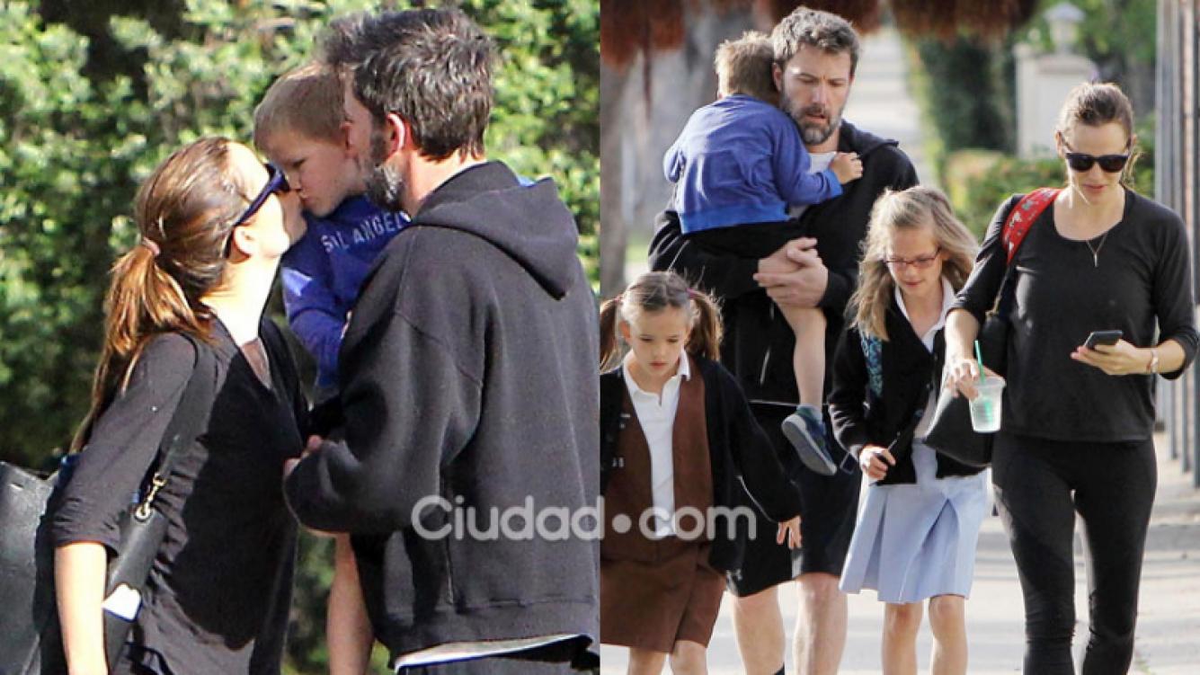Ben Affleck y Jennifer Garner en un tierno paseo con sus hijos (Fotos: GrosbyGroup).