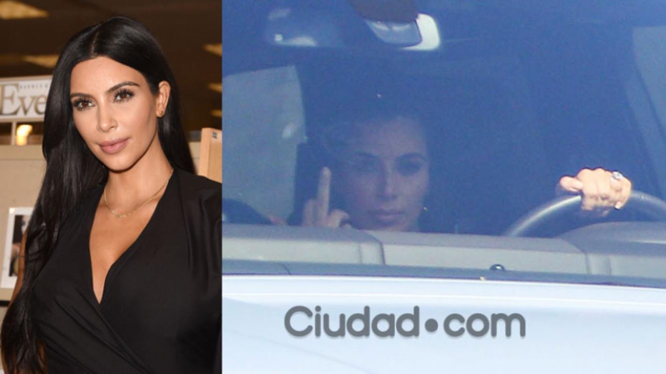 Kim Kardashian, enojada con los paparazzi (Fotos: AFP y GrosbyGroup).