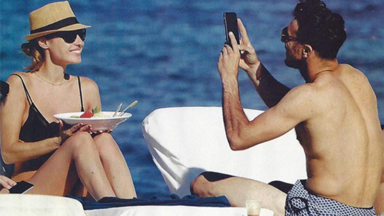 Pampita y Pico Mónaco, durante unas minivacaciones en Ibiza. (Fotos: archivo revista Pronto)