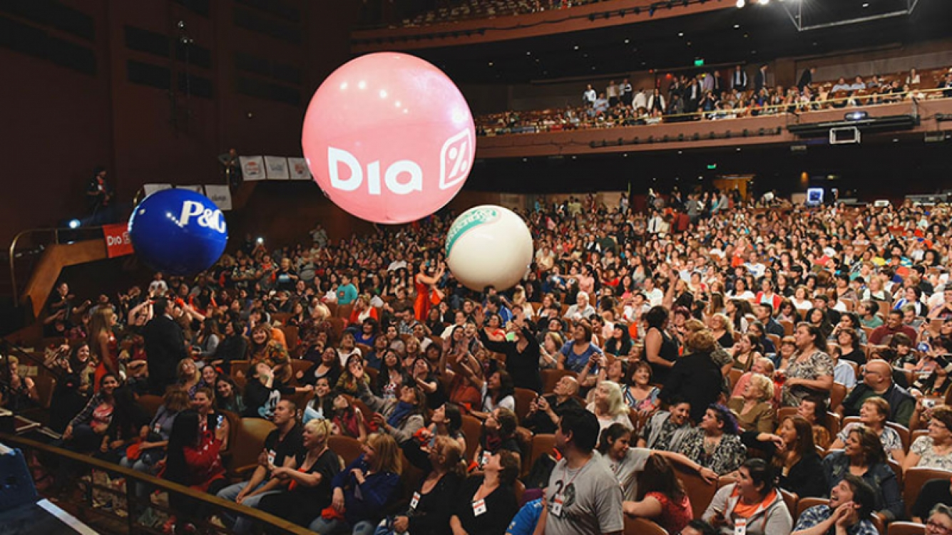 El Teatro Gran Rex lleno de Expertas DIA.