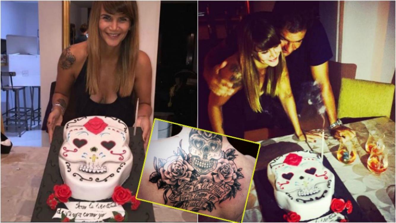 a particular torta con la que Amalia Granata celebró su cumpleaños: ¡una calavera mexicana inspirada en uno de sus tatuajes!