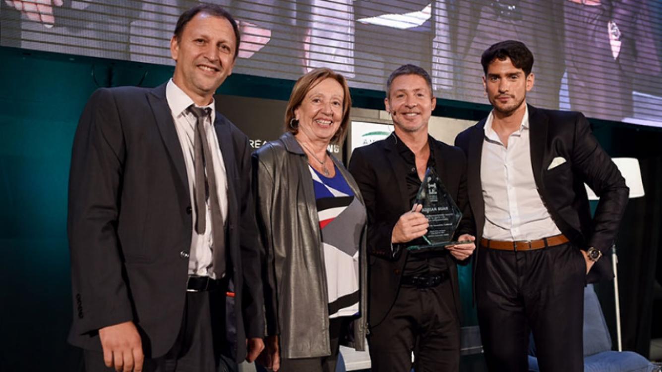 Adrián Suar fue distinguido en Uruguay. Foto: Prensa eltrece.