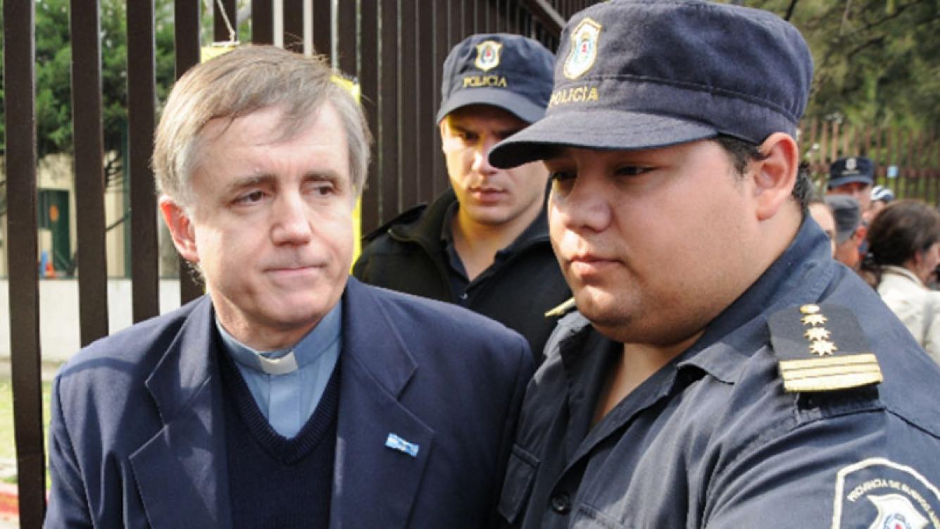 Julio César Grassi logró que le reduzcan la pena por abuso sexual agravado. Foto: Twitter