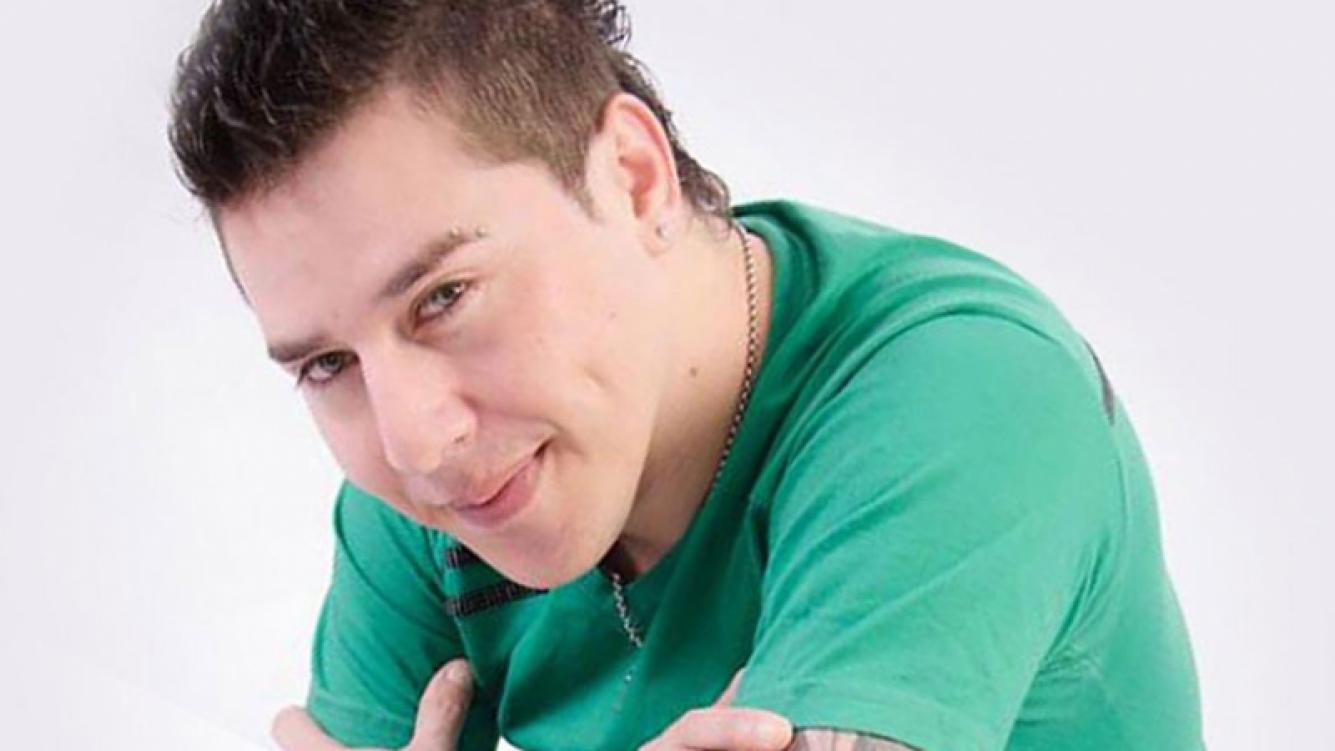 Walter Romero fue homenajeado por sus excompeñeros de Banda XXI. (Foto: Facebook)
