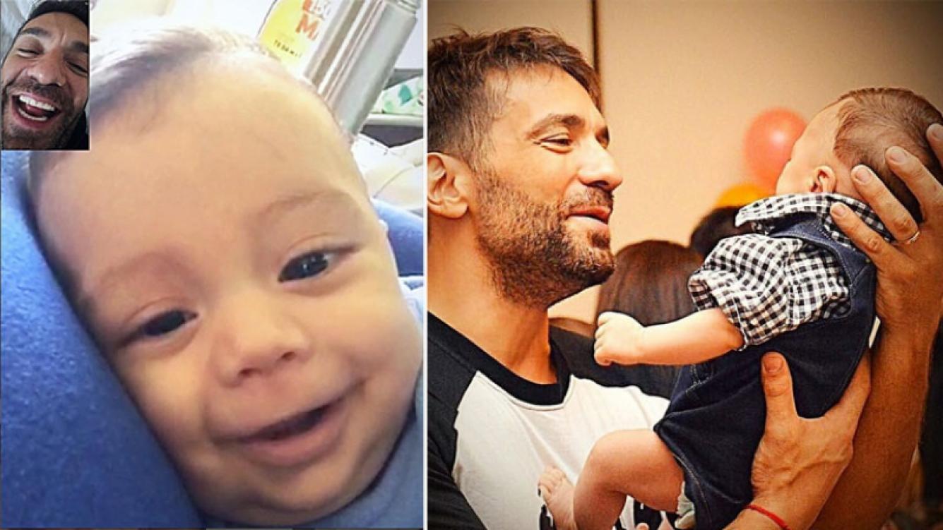 Gustavo Conti y su hijo Félix se ríen a través de Facetime. Foto: Instagram