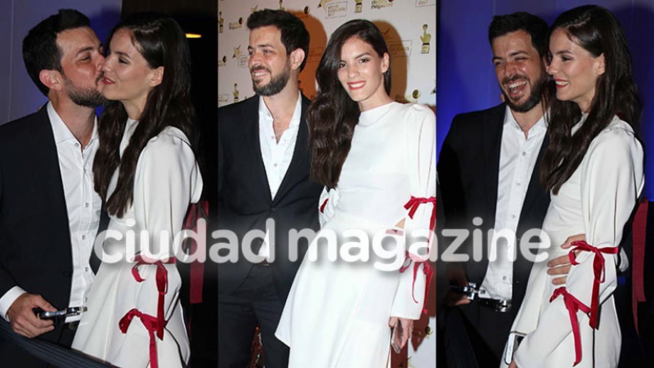 José Bianco y su novia Laura Blanco en la gran fiesta de Ciudad (Fotos: Movilpress).