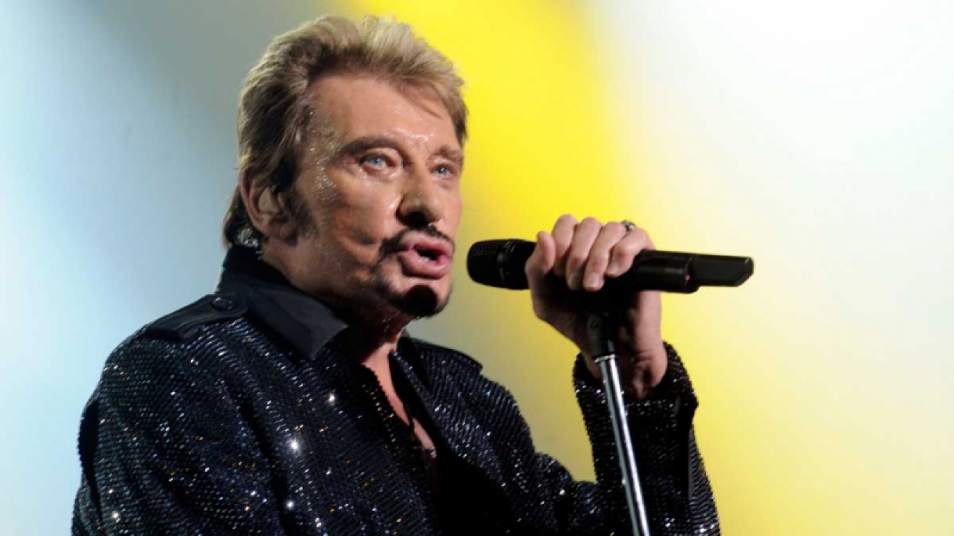 Despiden al rockero Johnny Hallyday