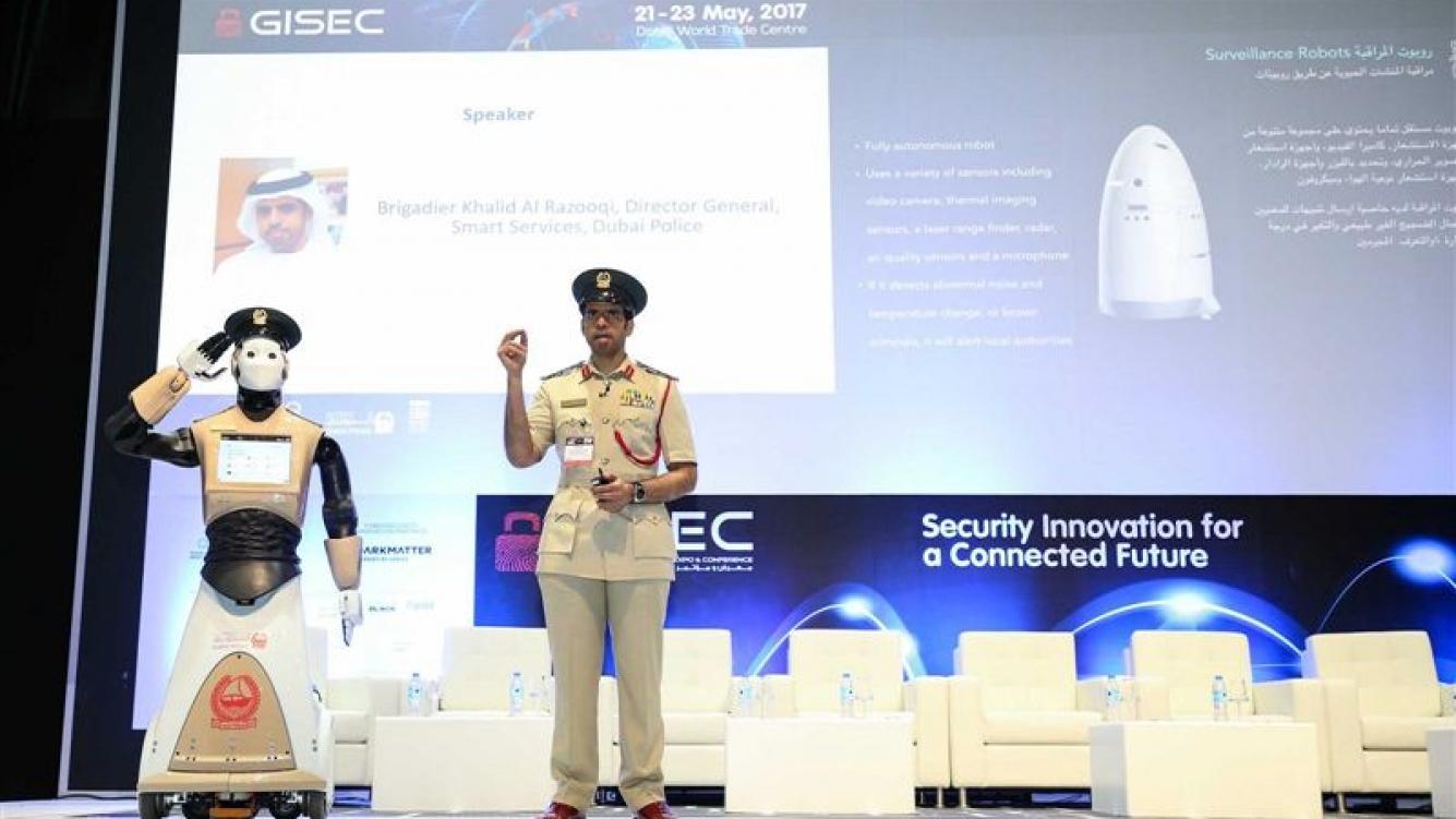 Dubái ya tiene su primer robot policía