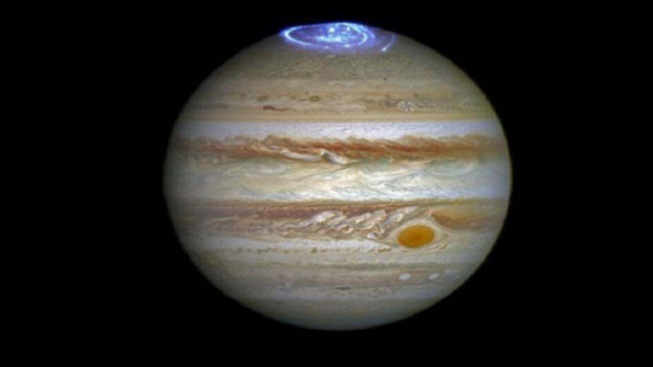 Juno toma foto alucinante de Júpiter: NASA