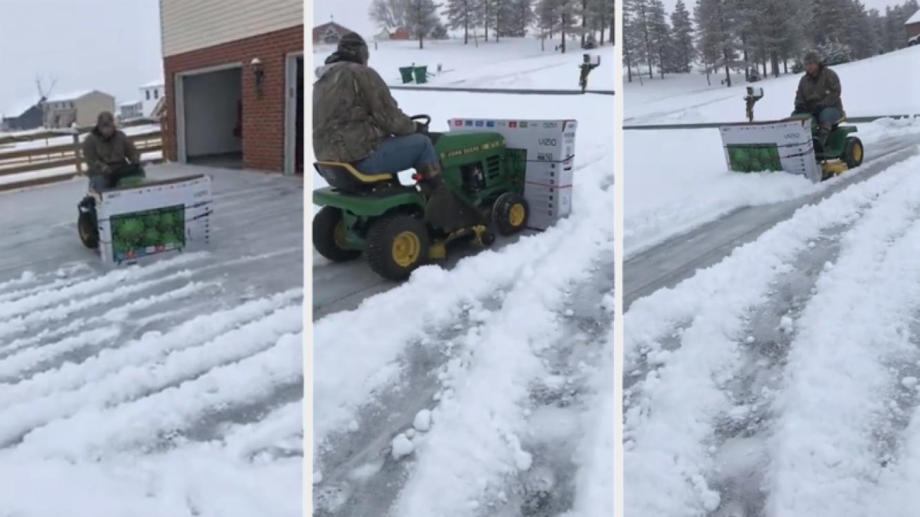 Despejó la nieve de su casa con un innovador método