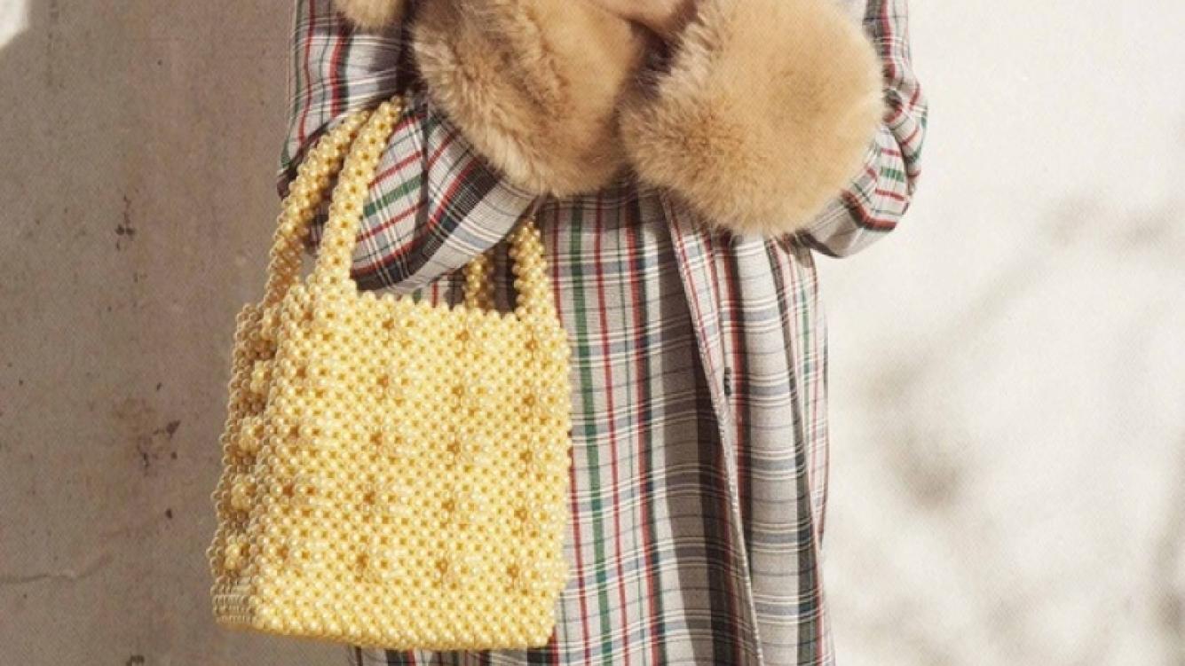 Este bolso de moda evoca la infancia