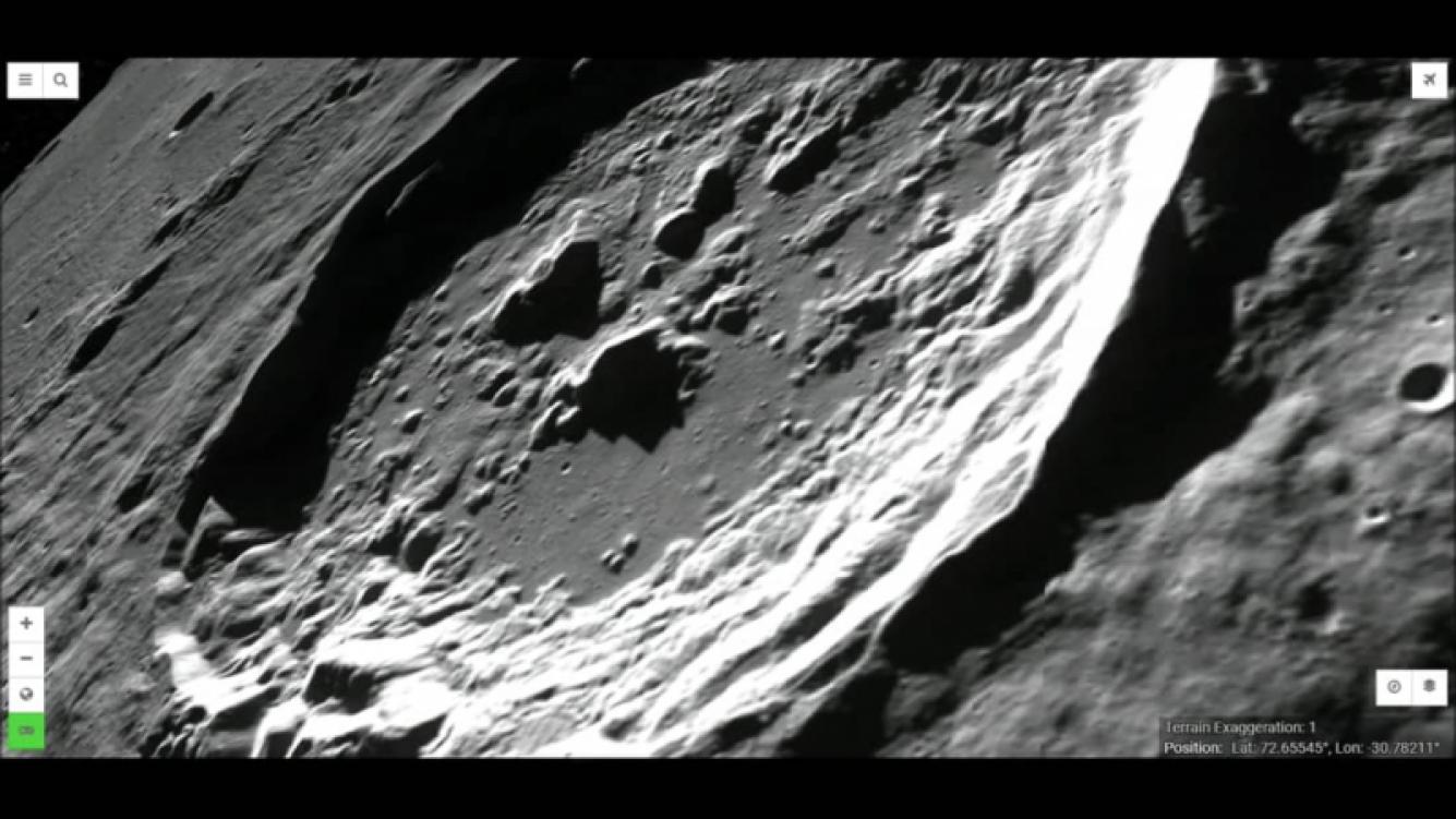 NASA encontró agujeros en el polo norte de la Luna