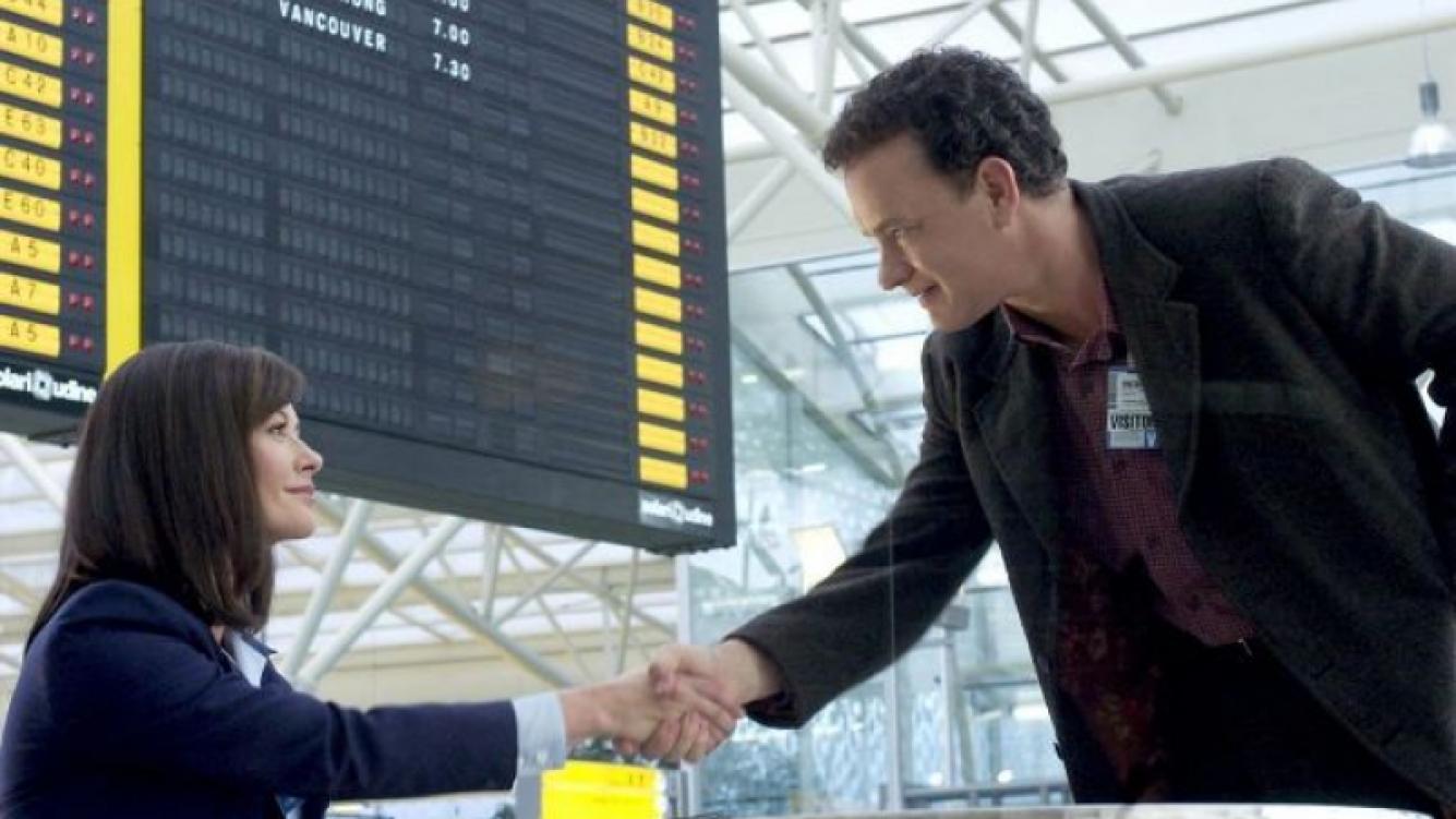 Tom Hanks siempre ha tenido mala suerte con los barcos y aviones