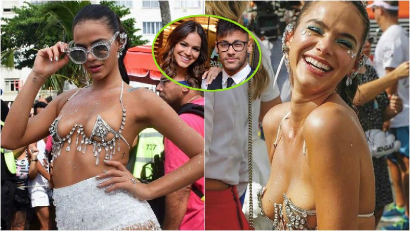 El sensual look de la novia de Neymar en el carnaval de Río... ¡que incluía un homenaje al astro!