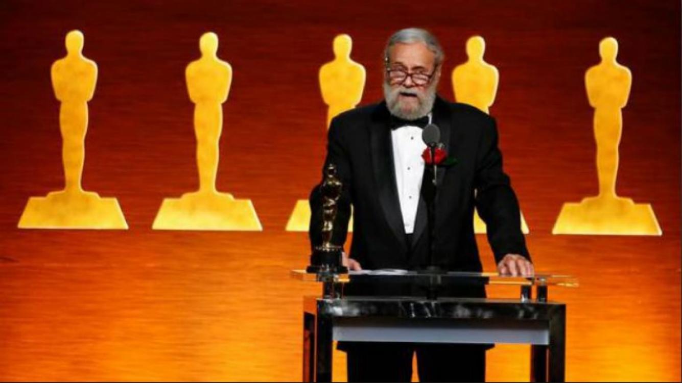 La Academia entrega Óscar técnico a Jonathan Erland, mago visual de Star Wars