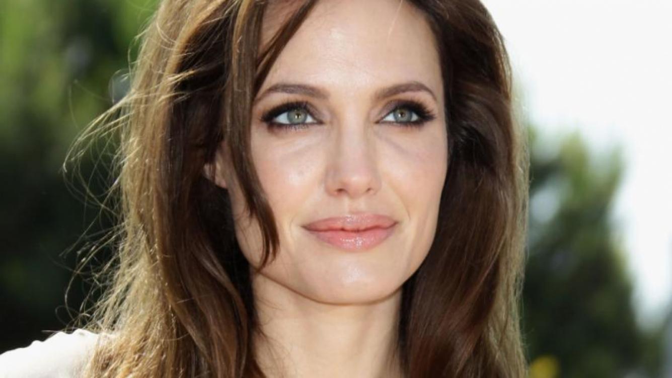 Los secretos que oculta el pasado oscuro de Angelina Jolie