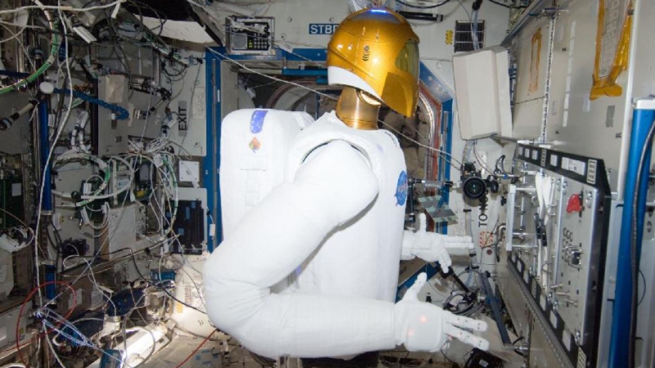 Robonaut de la NASA fue desmantelado y espera su regreso a la Tierra