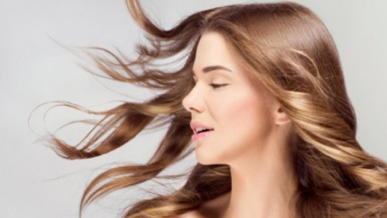 Trucos para aclarar el cabello naturalmente