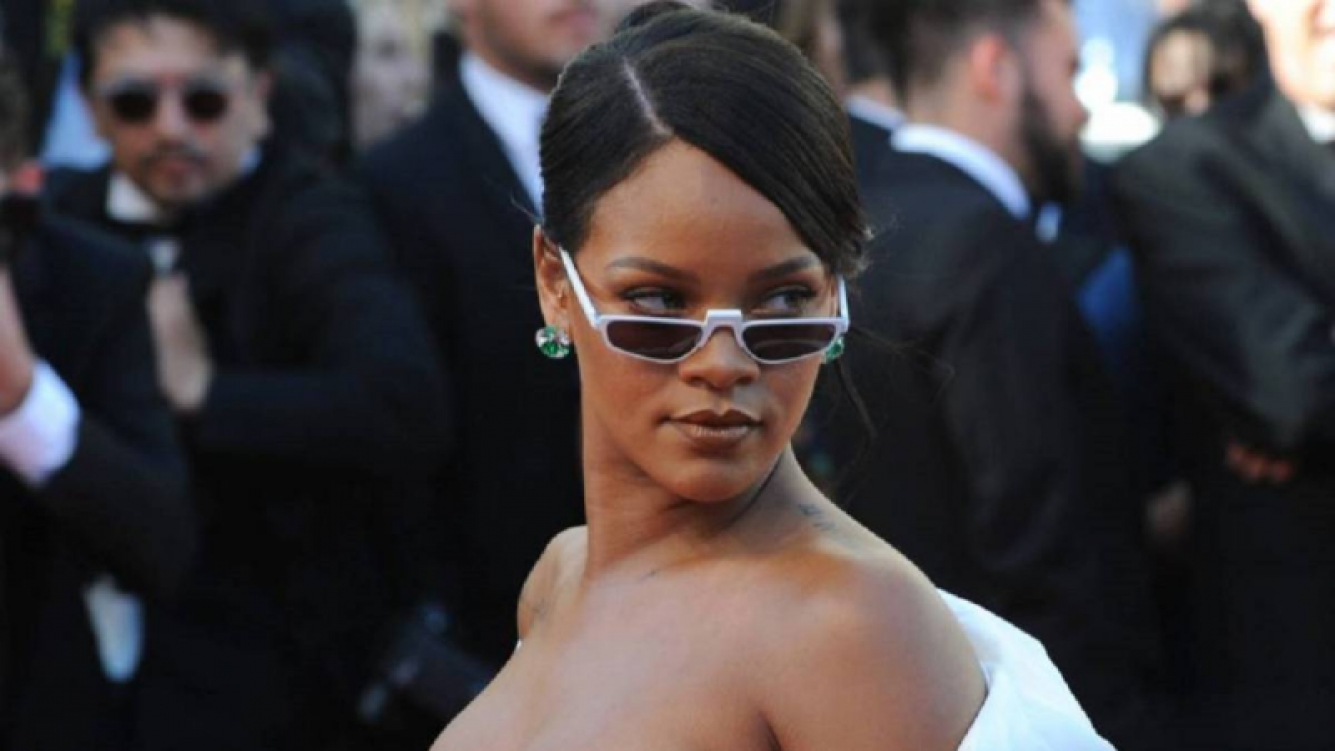 Mirá cómo Rihanna superó a The Beatles