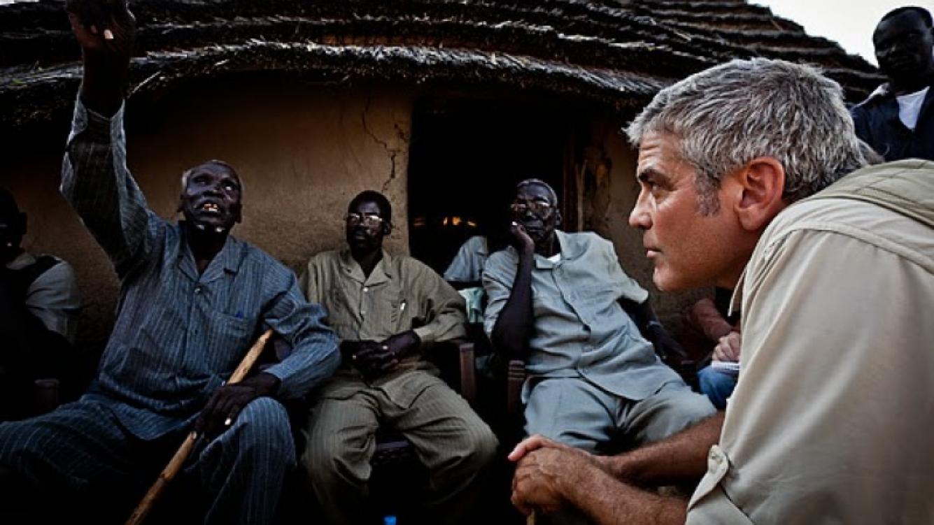 George Clooney se preocupa por los conflictos mundiales