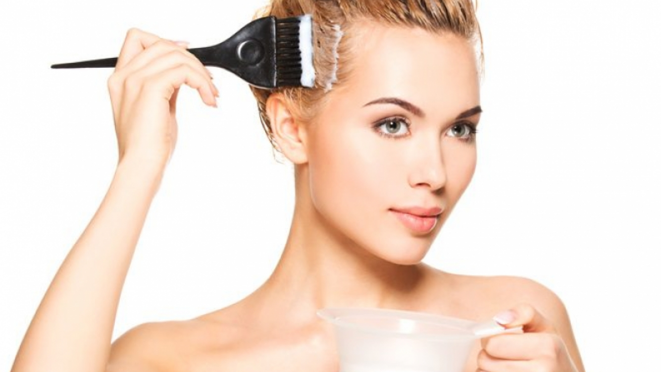 Aclarando mitos sobre el uso de los tintes para el cabello