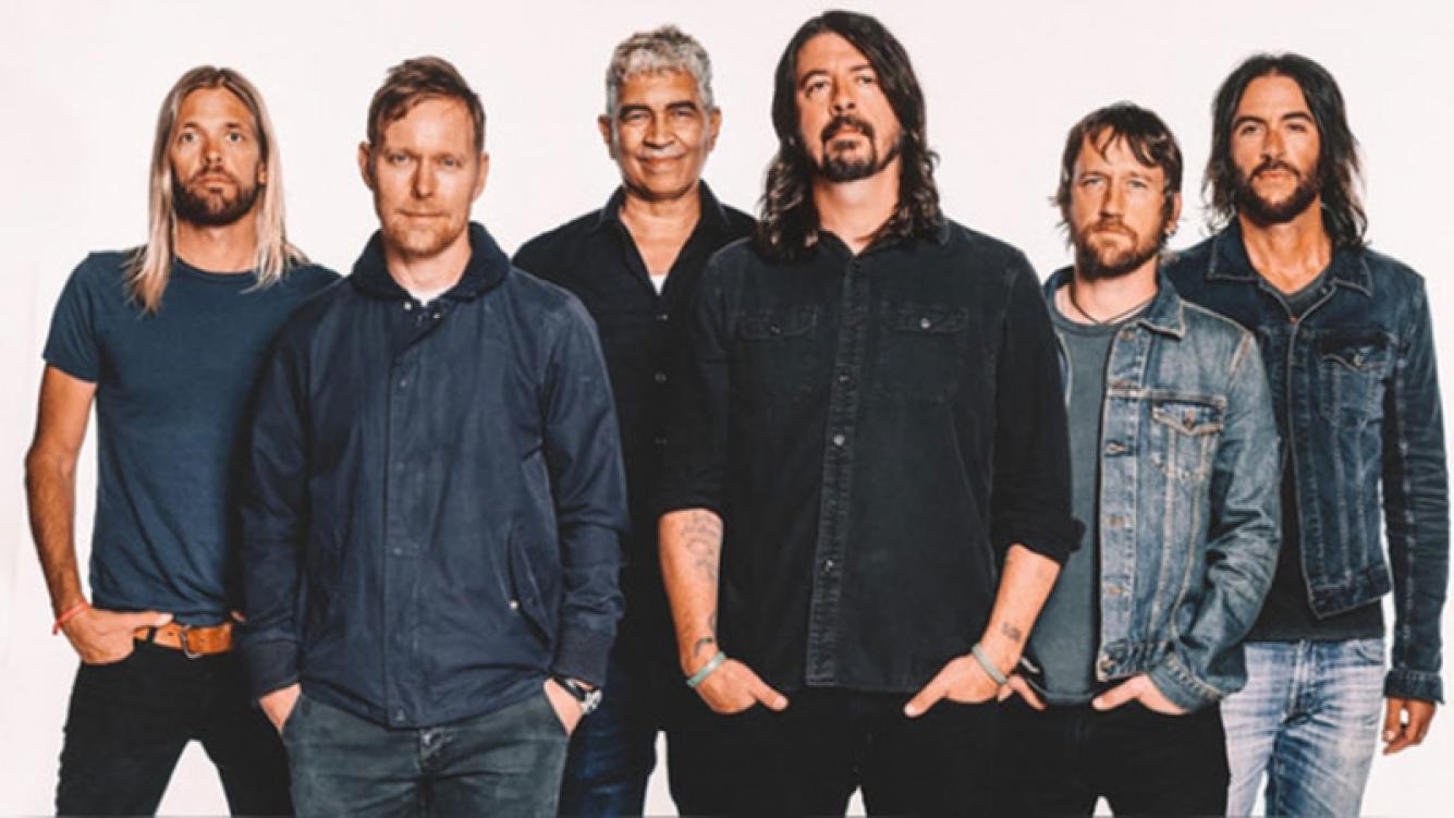 Quejas y demoras en el acceso al show de Foo Fighters en Vélez