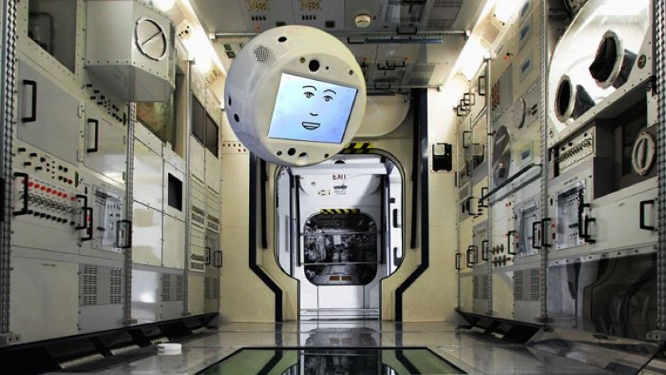 Cimon, el primer asistente virtual para astronautas, será puesto en órbita