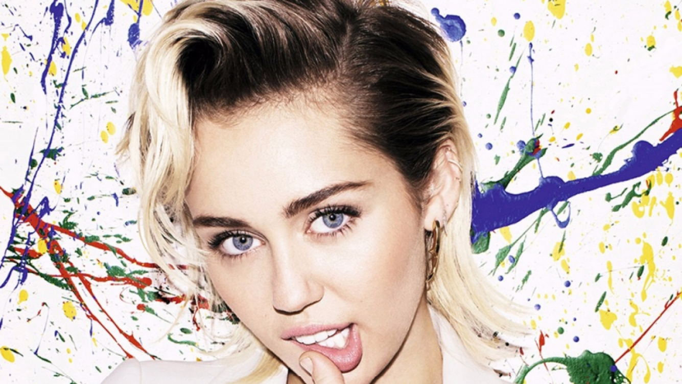 Miley Cyrus no salió de gira por culpa de unos cerdos