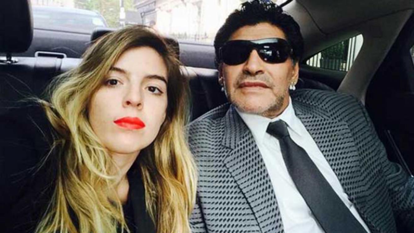 Dalma Maradona contó que Diego la llevará al altar en su boda.