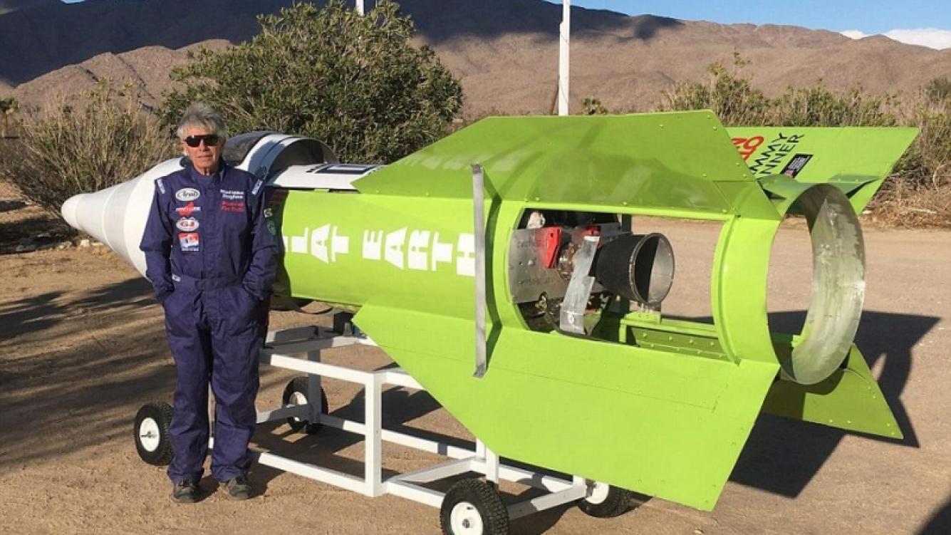 Un científico autodidacta tripuló y lanzó su cohete casero