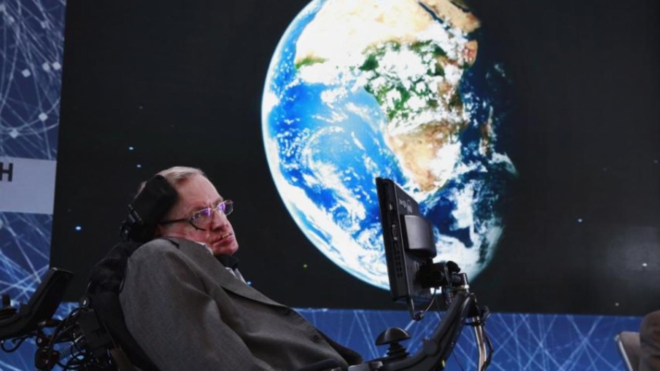 Predicción escalofriante de Stephen Hawking sobre el planeta Tierra