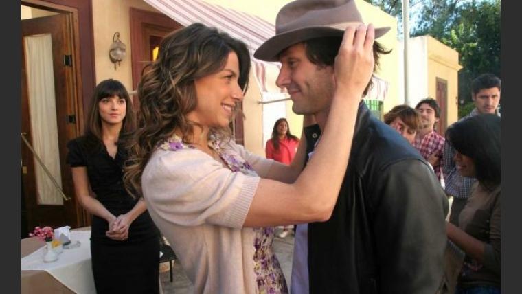 Romina Gaetani y Benjamín Vicuña en Herederos de una venganza. (Foto: Pol-ka).