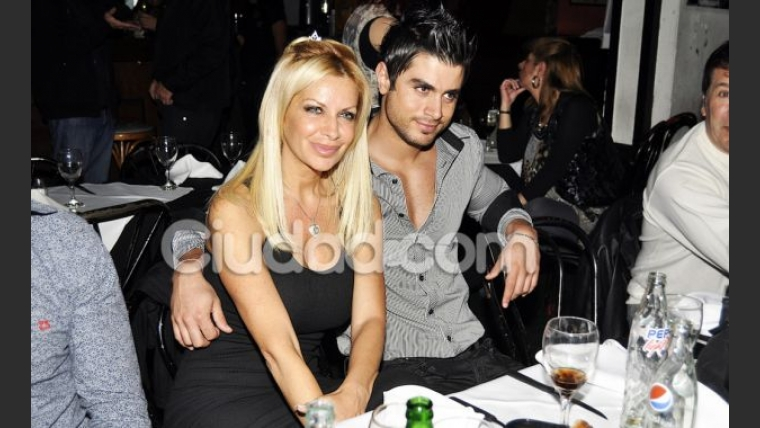 Paula Volpe y su novio Pablo Bianchi. (Foto: Jennifer Rubio)