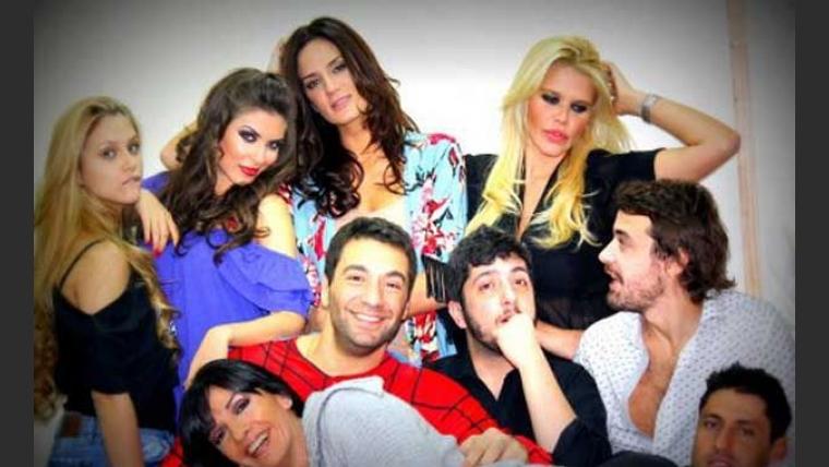 El elenco de Despedida de soltero, en la previa al debut en el Teatro Picadilly.